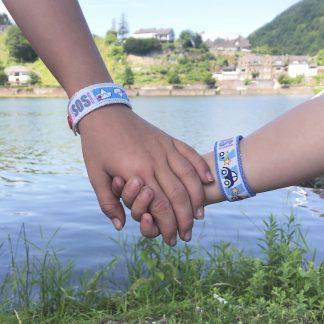 SOS-Armbänder für Kinder